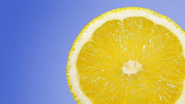 citron obsahující vitamin C