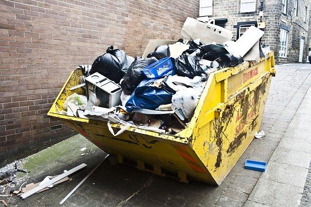 kontejner s odpadky
